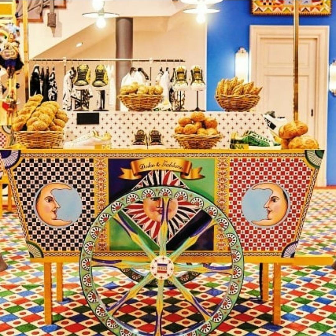vetrina dolce & gabbana carretto siciliano