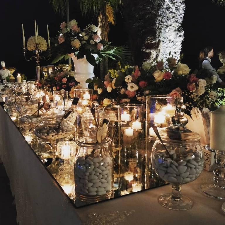 confettata tavolo specchi
