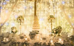 luxury wedding cake table