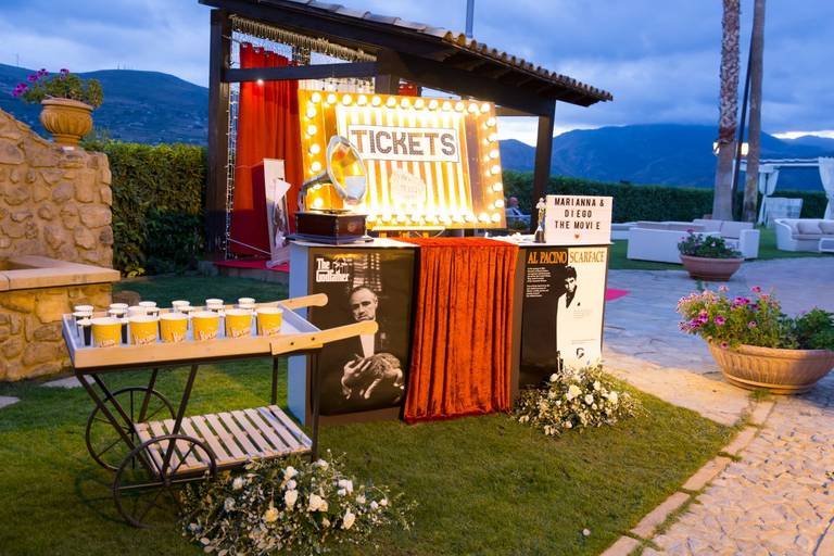 Matrimonio tema cinema banco tickets