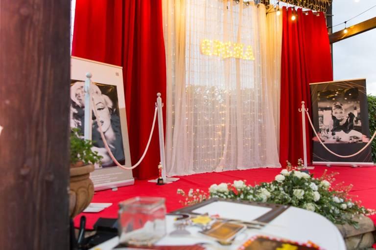 Matrimonio tema cinema red carpet photobooth