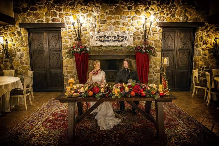 tenuta scozzari tavolo sposi