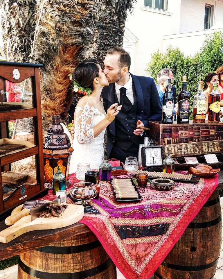 angolo cubano bacio sposi